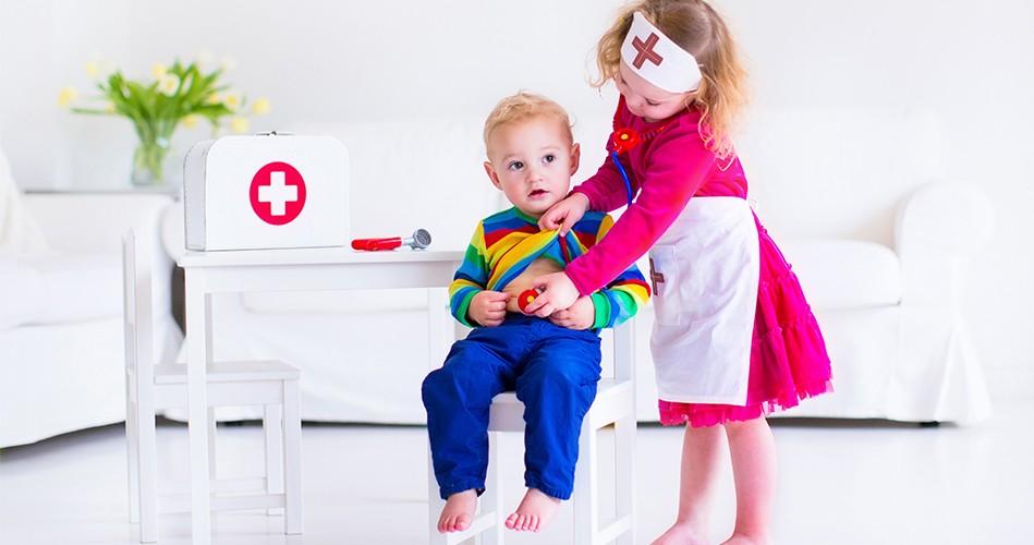 дети - врачи